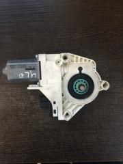 Мотор стеклоподъемника правый Audi