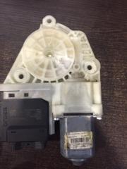 Мотор стеклоподъемника задний правый Volkswagen Passat 2009-2012
