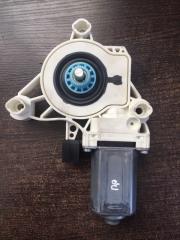 Мотор стеклоподъемника правый Volkswagen Touareg 2019 -