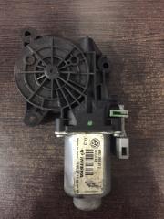 Мотор стеклоподъемника задний левый Skoda Rapid 2013 - 2018