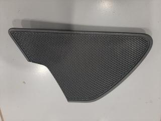 Накладка динамика правая Audi A6 2010-2018