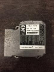 Блок управления подушек безопасности Volkswagen Tiguan 2008-2018