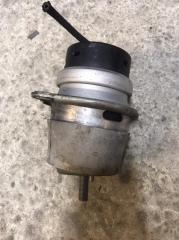 Опора двигателя Porsche Cayenne 2010-2018