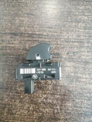Кнопка стеклоподъемника BMW X1 E84 2.0 N47D20C