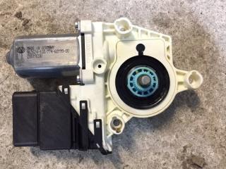 Мотор стеклоподъемника задний левый Volkswagen Tiguan 2007-2016