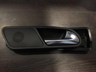 Ручка салонная задняя правая Volkswagen Tiguan 2007-2016
