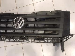Решетка радиатора передняя Volkswagen Crafter