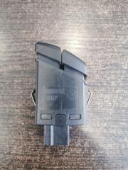 Кнопка аварийной сигнализации 5-Series 2009-2016 F11 3.0 N57D30A