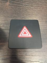 Кнопка аварийной сигнализации Audi Q5 2017-