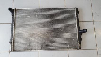 Радиатор охлаждения Volkswagen Passat 2011-2015