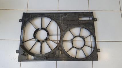 Диффузор вентиляторов Audi A3 2004-2007