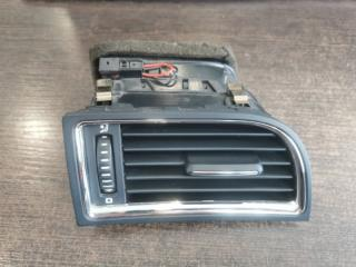 Вентиляционная решетка передняя правая Skoda Superb 2008-2015