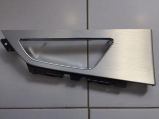Накладка ручки двери задняя левая Audi Q7 2015-2020