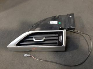 Вентиляционная решетка левая BMW 7-Series 2016-