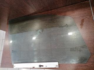 Стекло двери переднее правое Zafira 2005-2015 B 1.6