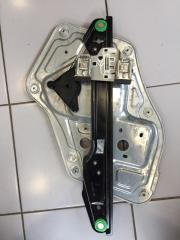 Стеклоподъемник передний правый Skoda Yeti 2010