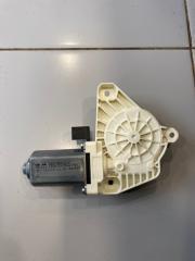 Мотор стеклоподъемника задний левый Audi Q5 2016-