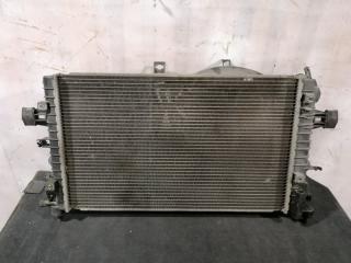 Радиатор охлаждения Opel Zafira 2005-2015