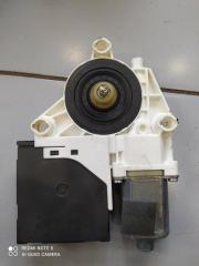 Мотор стеклоподъемника левый Audi A3 2004-2008