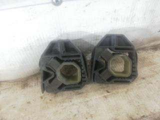 Подушка радиатора Volkswagen passat 2009