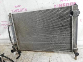 Радиатор двигателя Nissan Teana
