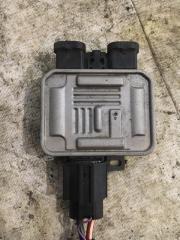Блок управления вентилятором Volvo S60 2011