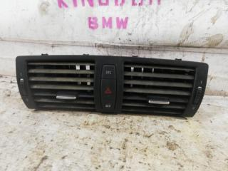 Вентиляционная решетка средняя BMW 1-Series
