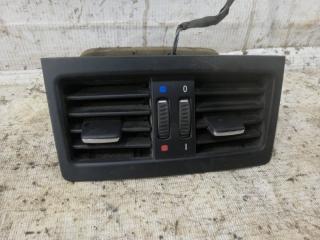 Вентиляционная решетка средняя задняя BMW 3-Series