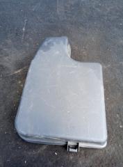 Запчасть крышка блока предохранителей Mazda 3 2013