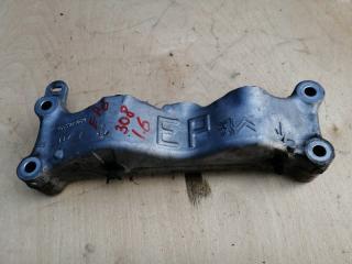 Запчасть кронштейн подушки двигателя правый Peugeot 308 2007