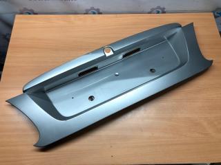 Запчасть накладка крышки багажника Nissan Almera N16 2000