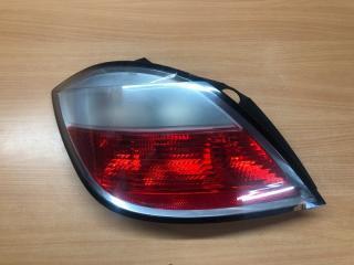 Запчасть фонарь задний задний левый Opel Astra H 2004