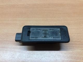 Запчасть фонарь подсветки номерного знака задний Citroen C5 (2) 2008