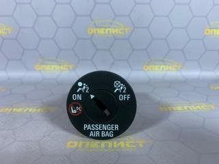 Запчасть выключатель пассажирской airbag Opel Astra