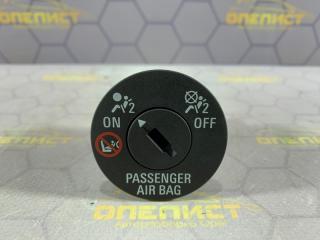 Запчасть выключатель пассажирской airbag Opel Astra 2012