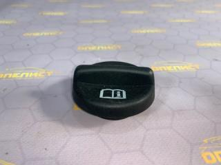 Запчасть крышка маслозаливная Opel Astra 2014