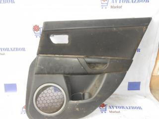 Запчасть обшивка двери задняя правая Mazda 3 2007