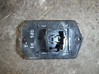 Запчасть резистор отопителя Toyota Auris 2008