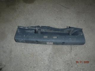 Запчасть обшивка багажника Skoda Fabia 2011