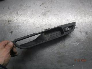 Запчасть кнопка стеклоподъемника Ford Focus 3 2012