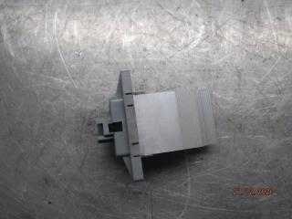 Запчасть резистор отопителя Hyundai Sonata 2005