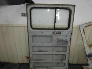 Запчасть дверь со стеклом УАЗ 2206