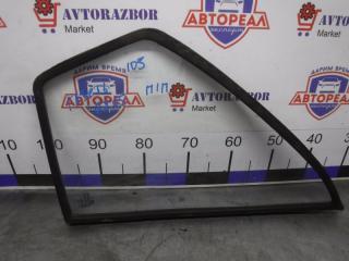 Запчасть стекло двери переднее правое ГАЗ 2705 2002