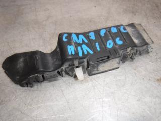Запчасть кронштейн бампера передний левый Hyundai Solaris 2012