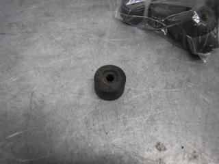 Запчасть колпачок колёсного болта Volkswagen Polo 2010