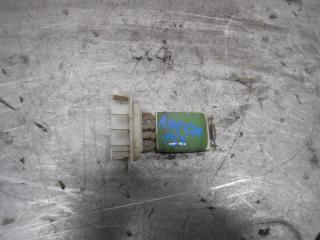 Запчасть резистор отопителя Renault Logan 2006