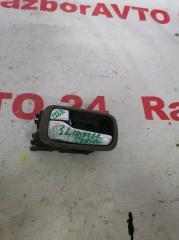 Запчасть ручка внутренняя задняя левая Mitsubishi Lancer Cedia 2001