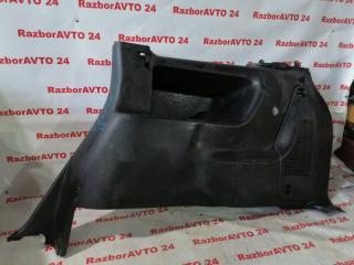 Запчасть обшивка багажника правая Subaru Traviq 2002