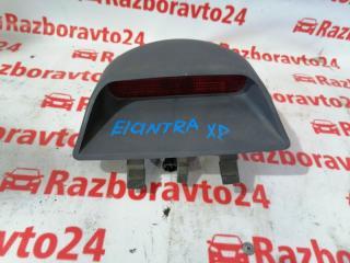Запчасть фонарь стоп-сигнала внутренний Hyundai Elantra 2002