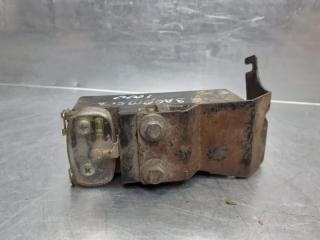 Запчасть блок управления вентилятором Volkswagen Passat [B4] 1994-1996